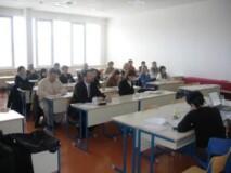 Udeleženci posveta področnih odborov za poklicne standarde