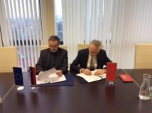 Podpis sporazuma 1