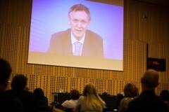 Zelena delovna mesta za nizkoogljično družbo, gospodarno z viri: (video prispevek) Dr. Janez Potočnik