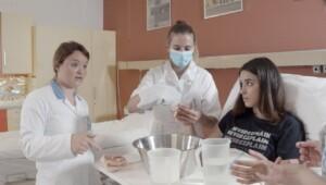 Priprava, igra vlog, povratne informacije - Srednja zdravstvena in kemijska šola – podnapisi v angleškem jeziku