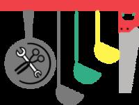 Ilustracija orodja, obešenega na letvico. Od leve proti desni visi ponev, ki ima v sredini narisane škarje in francoski ključ. Sledijo siva, zelena in rumena zajemalka, ter siva žaga z rdečim ročajem.